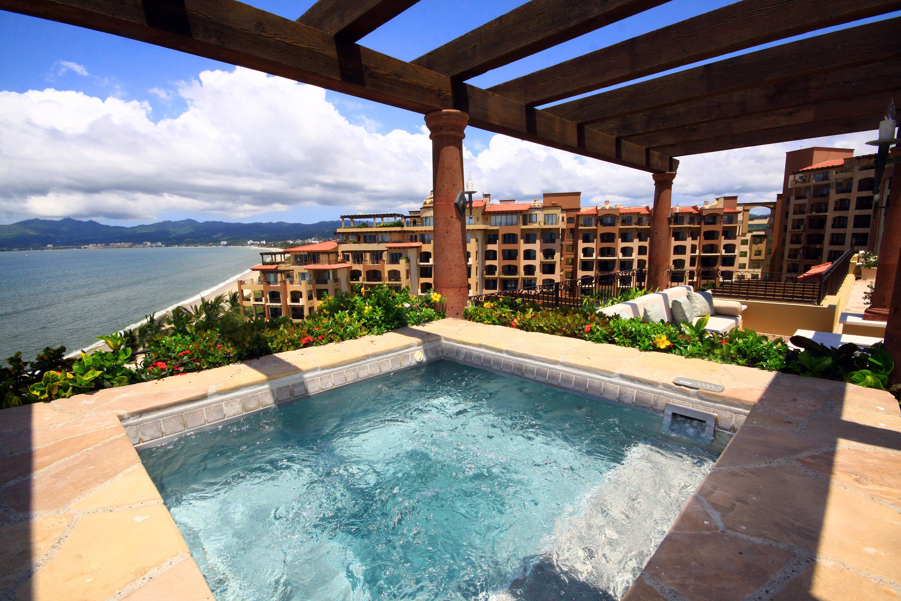 Craigslist Puerto Vallarta >> Real Estate for Vacation Rentals in Mexico | Beach Front Properties